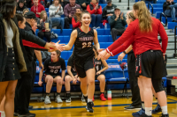 Gallery: Girls Basketball Yelm @ Lincoln